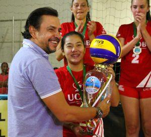 Trofeu de Campeao Adulto Fem. - UCDB 23-07 (1)
