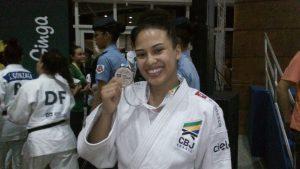 vitoria-com-medalha